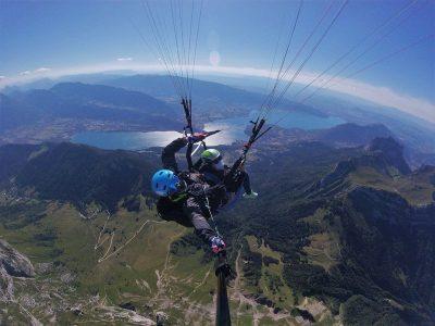 vol parapente au dessus du lac d'Annecy Adrenaline Parapente